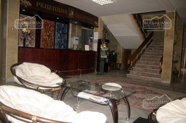 Park Hotel Ribaritsa3