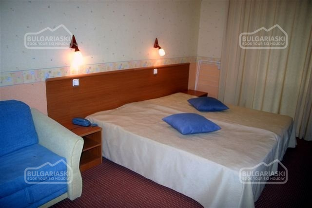 Park Hotel Ribaritsa8