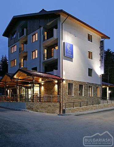 Lodge Hotel1