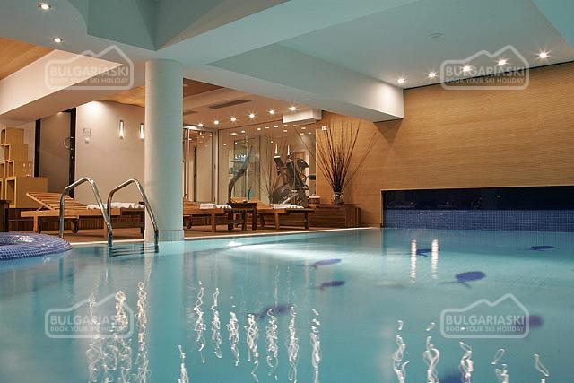 Lodge Hotel9
