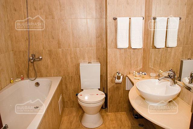 Royal Lodge Spa Hotel11