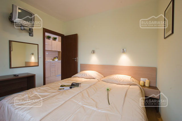 Redenka Palace Aparthotel12