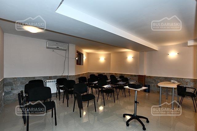 Redenka Palace Aparthotel27