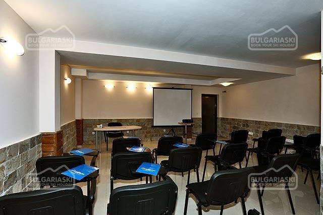 Redenka Palace Aparthotel28