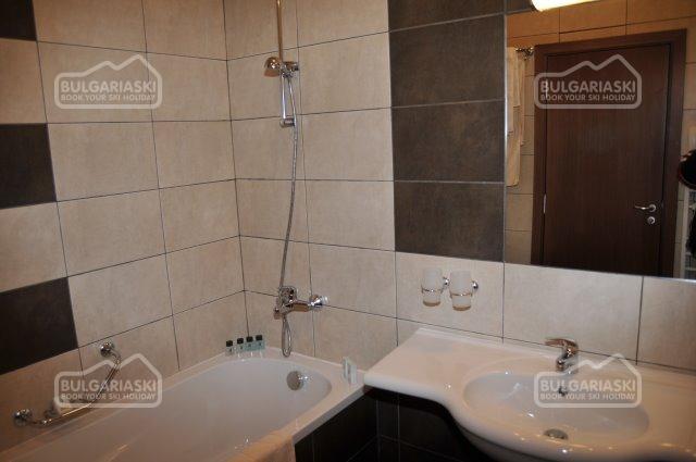 Club Hotel Yanakiev8