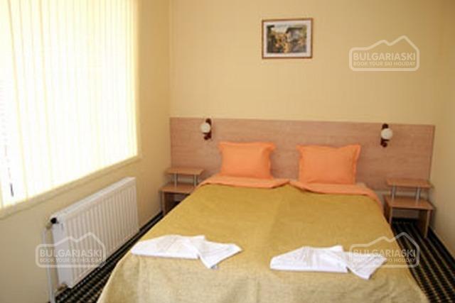 Elena Hotel4