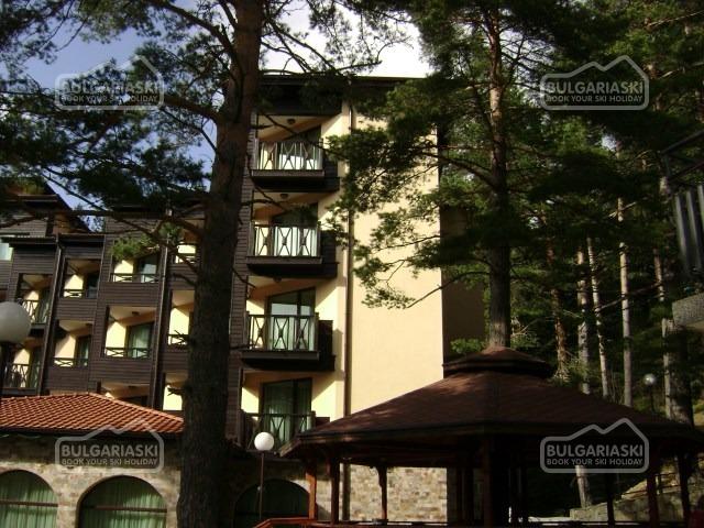 Magnolia Hotel24