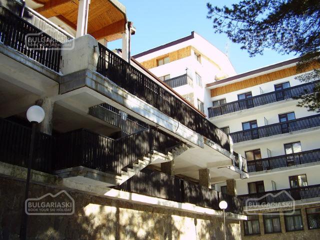 Mountain Lakes Hotel2