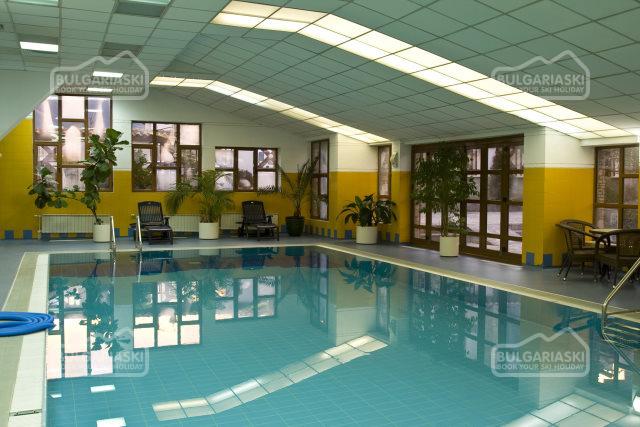 Glazne Hotel22