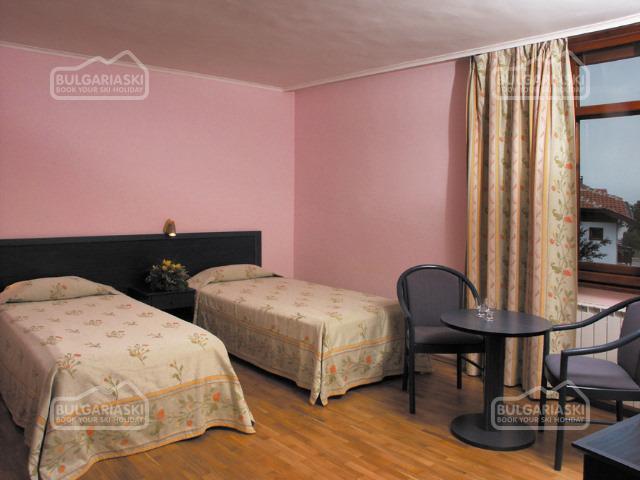 Glazne Hotel8
