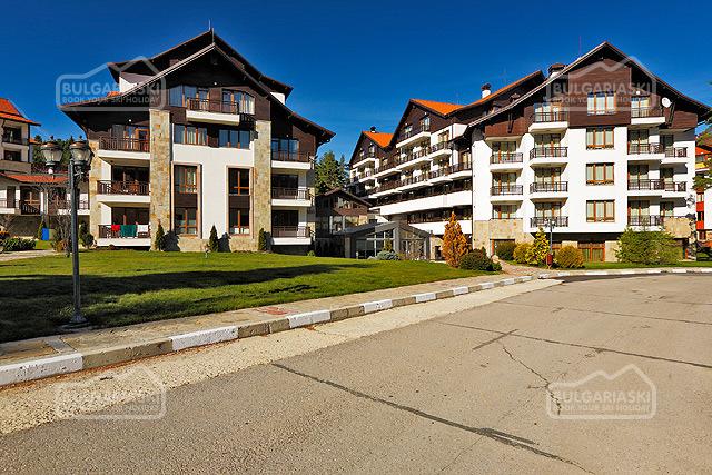 Semiramida Gardens Apartments1
