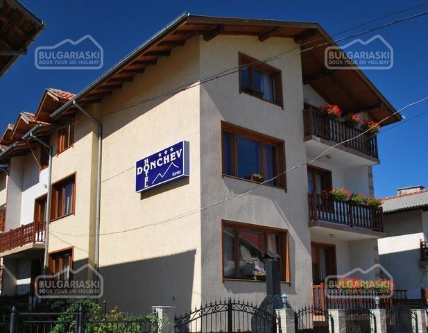 Donchev Hotel1