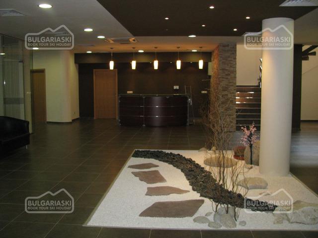 Aspen Resort Golf Ski hotel8
