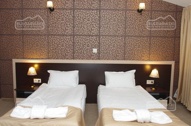 Royal hotel17