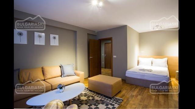 Sunny Hills Hotel13