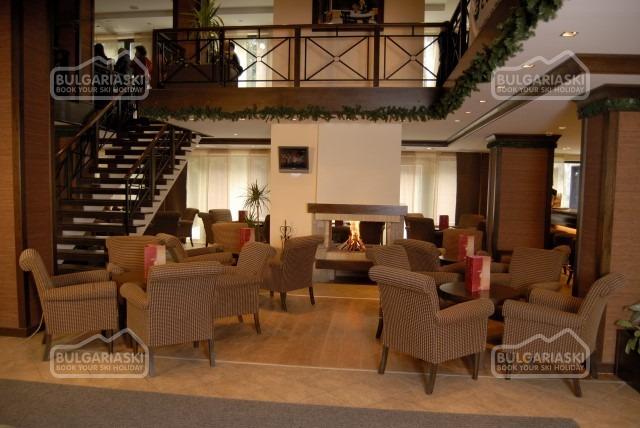Lion Hotel9