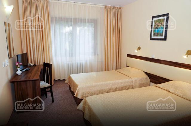 Bor-Edelweiss Hotel8