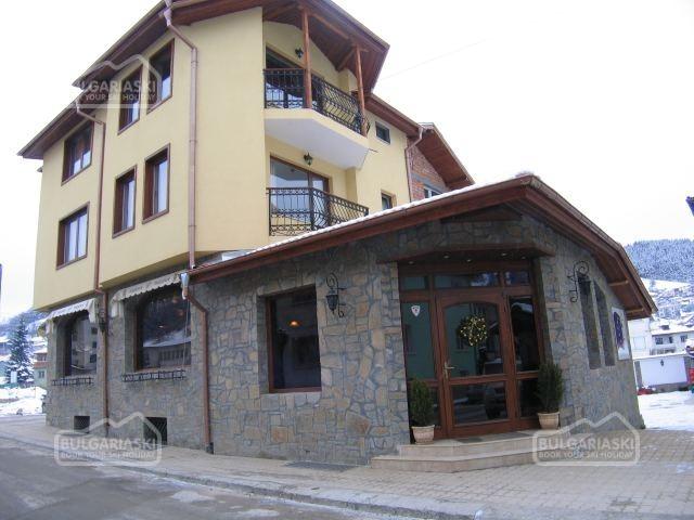 Tourist Hotel2